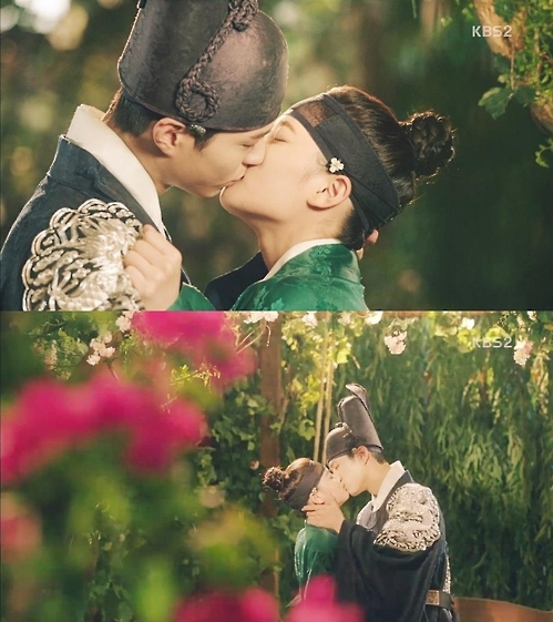 'Love in the Moonlight' tops 20 percent in viewership
