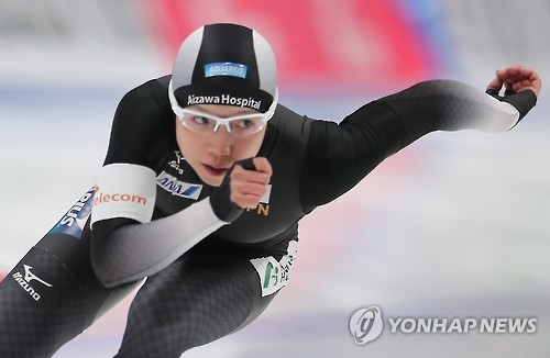 Nao Kodaira of Japan competes in the women's 500m at the International Skating Union (ISU) World Single Distances Speed Skating Championships at Gangneung Oval in Gangneung, Gangwon Province, on Feb. 10, 2017. (Yonhap)
