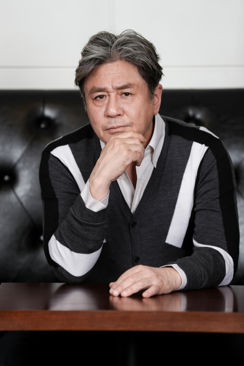 "This photo provided by Showbox shows actor Choi Min-sik of ""The Mayor."" (Yonhap)"