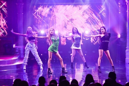 "This photo of BLACKPINK's live performance on ""The Late Show with Stephen Colbert"" on Feb. 11, 2019, is provided by the American television network CBS. (Yonhap)"