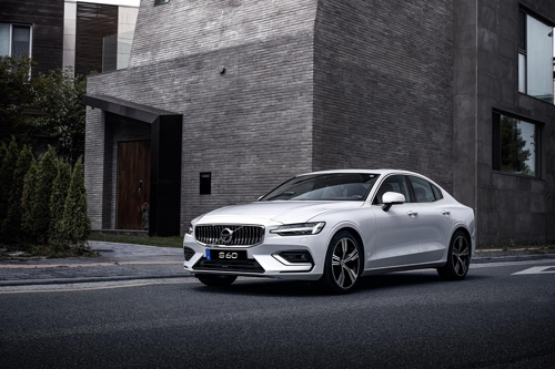 Volvo launches new S60 to compete with German rivals in S. Korea