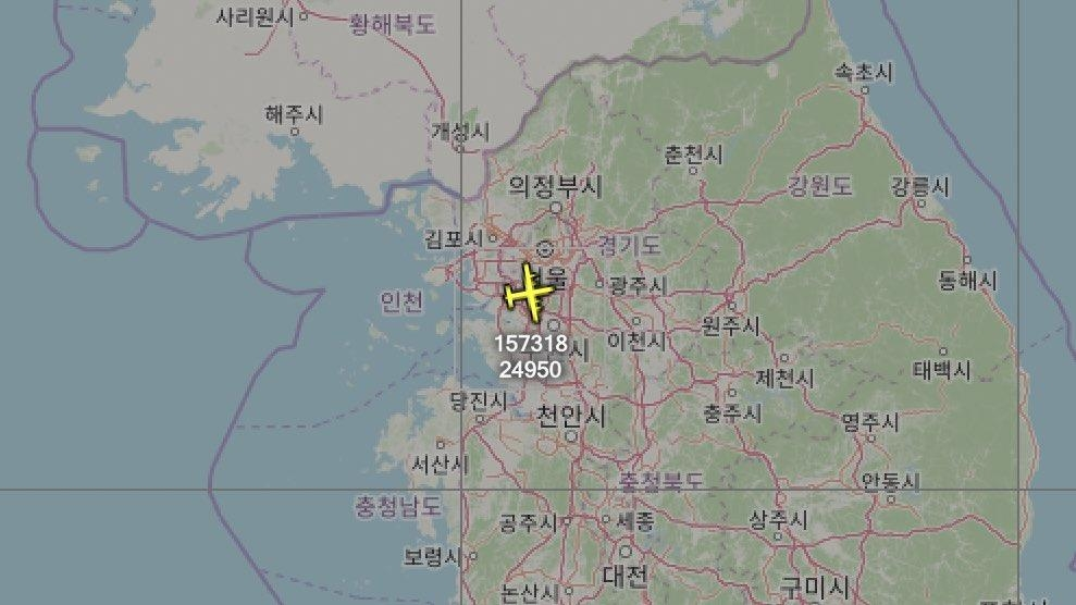 This image captured from aviation tracker Aircraft Spots' Twitter feed shows the flying route of the U.S. Navy's EP-3E on March 31, 2020. (PHOTO NOT FOR SALE) (Yonhap)