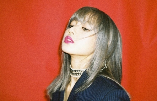 BLACKPINK member Lisa defrauded by ex-manager: agency