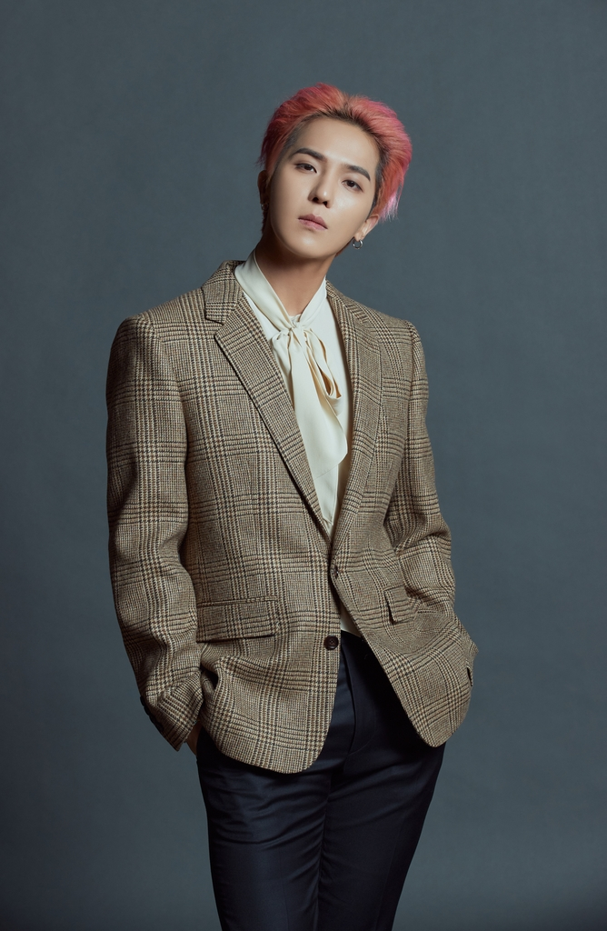 This image, provided by YG Entertainment, shows Mino of K-pop group WINNER. (PHOTO NOT FOR SALE)(Yonhap)