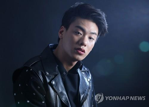 This file photo shows the late South Korean rapper Iron. (Yonhap)