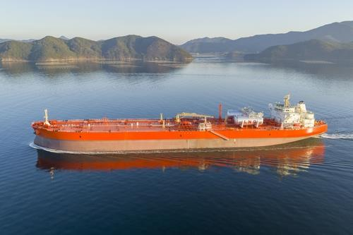 This file photo provided by Samsung Heavy Industries Co. on Feb. 18, 2021, shows an oil tanker built by the company. (PHOTO NOT FOR SALE) (Yonhap)