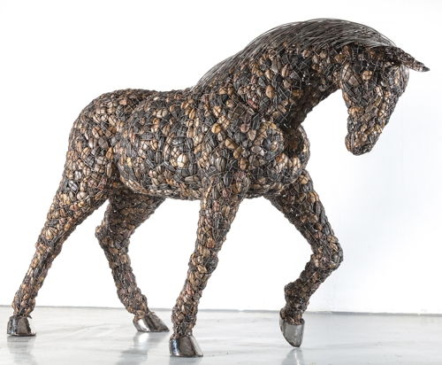 Enclosed Animal-Horse, 290 X 80 X 185㎝, 2014