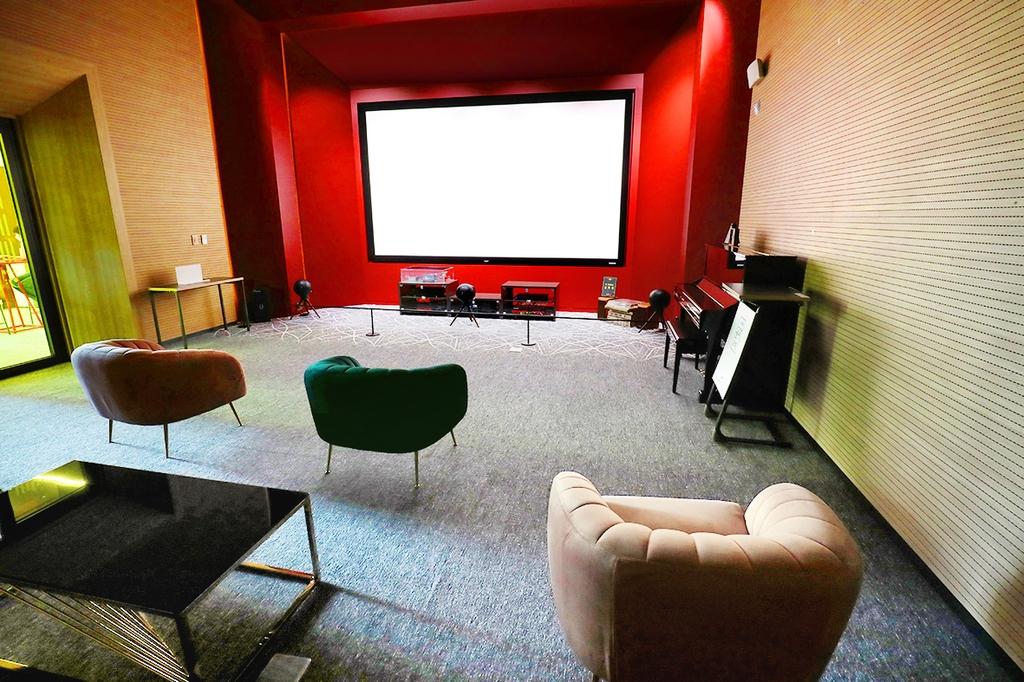 드비알레의 7채널 스피커를 갖춘 오디오룸 [사진/조보희 기자]