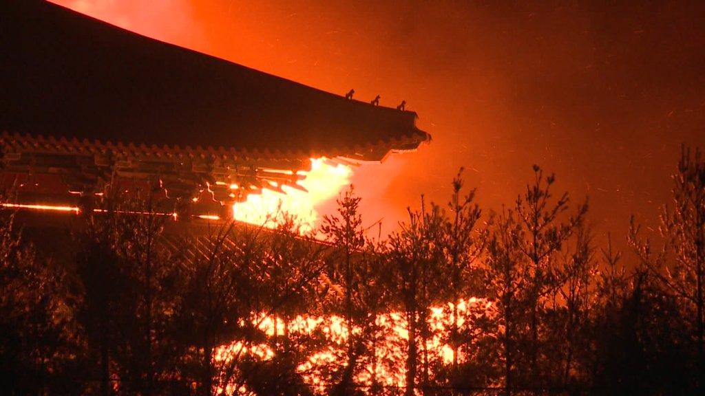 0cd3bc43cc1 재생시간 03:06 강원 고성·속초·강릉·동해 산불 확산…피해 속출