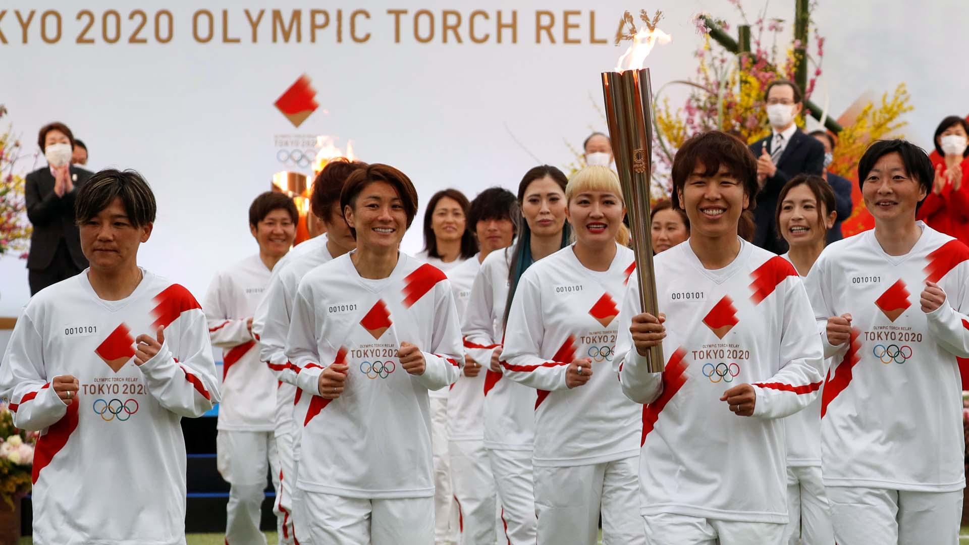 '도쿄 올림픽 불꽃 놀이'봉송 길 출발 1 년 만에 우려