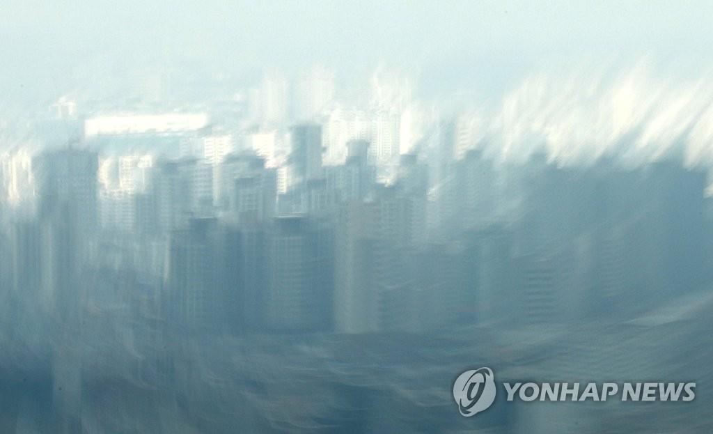 서울 남산에서 바라본 서울 도심 아파트의 모습들 [연합뉴스 자료사진]