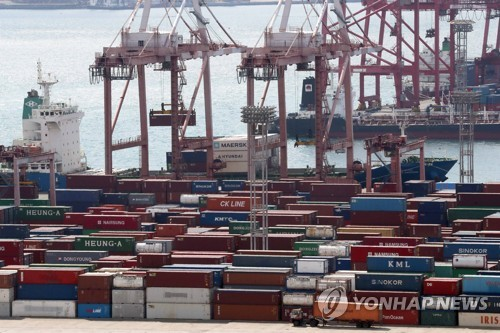 S. Korea's exports up 8.9 pct in first 10 days of April