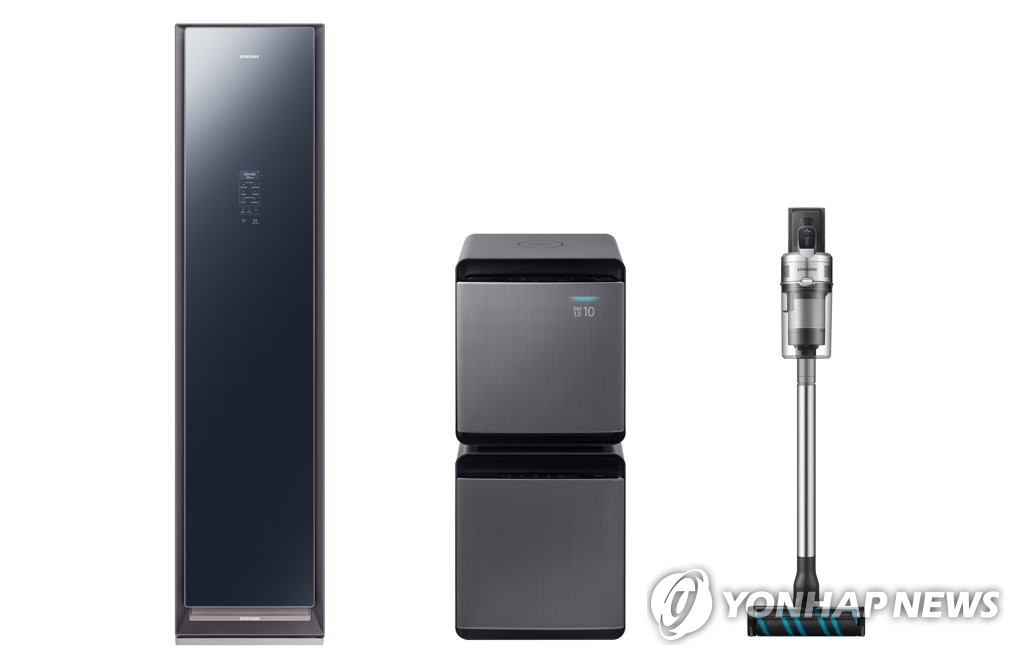 Samsung Electronics Co.'s three lifestyle home appliances -- Air Dresser, Cube air purifier and POWERstick Jet vacuum cleaner -- to be displayed at IFA technology show that kicks off Sept 6, 2019. This photo is provided by the Korean electronics maker on Sept. 2, 2019. (PHOTO NOT FOR SALE) (Yonhap)