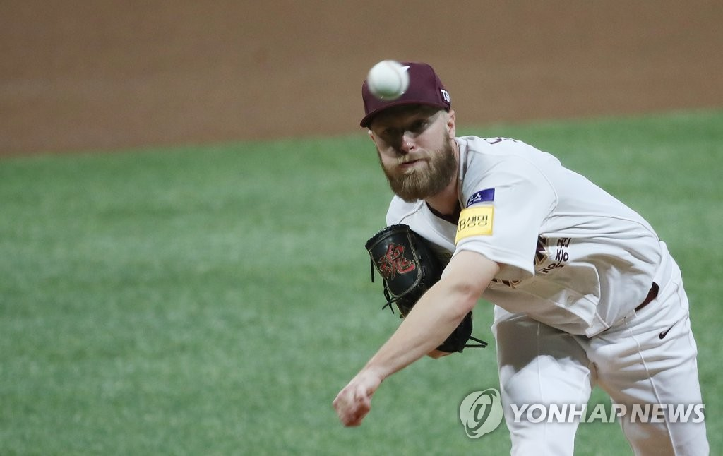 In this file photo from Oct. 17, 2019, Eric Jokisch of the Kiwoom Heroes throws a pitch against the SK Wyverns in Game 3 of the second-round Korea Baseball Organization playoff series at Gocheok Sky Dome in Seoul. (Yonhap)