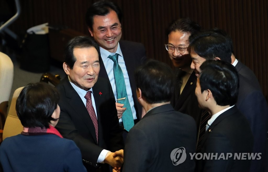 (LEAD) Assembly approves prime minister nominee | Yonhap News Agency