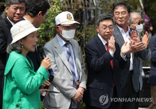 Former POWs win damage suit against N. Korea and its leader