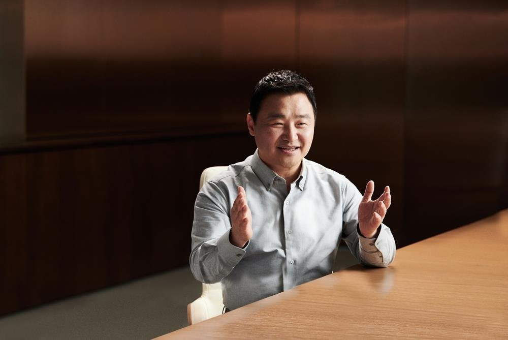 This photo provided by Samsung Electronics Co. on July 21, 2020, shows Roh Tae-moon, president and head of mobile communications business at Samsung Electronics. (PHOTO NOT FOR SALE) (Yonhap)